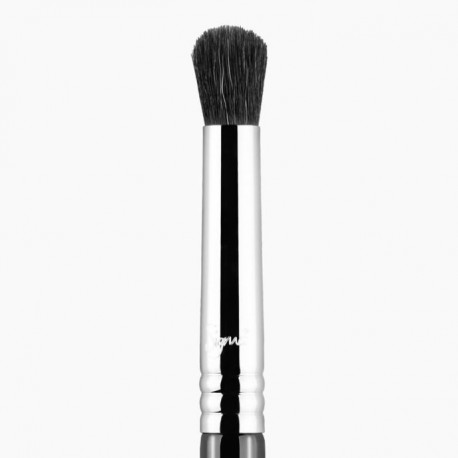 E39 BUFF AND BLEND™ BRUSH