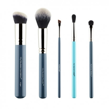 MY ESSENTIAL MAKEUP BRUSH SET™