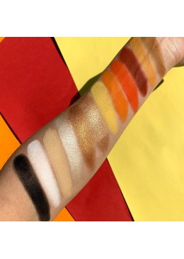 CLIMAX EYESHADOW PALETTE - THE COSMETIC APEX
