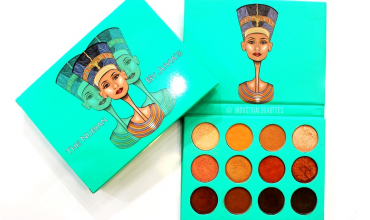 THE NUBIAN EYESHADOW PALETTE – JUVIA'S PLACE